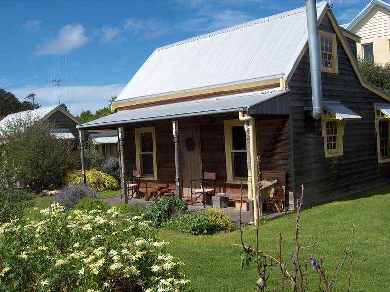orchard-cottages-port-fairy